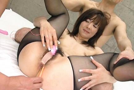 Tempting Asian milf Ami Hanamiya is a fan of anal fingering