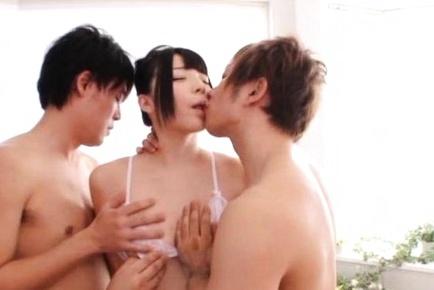 Japanese hottie enjoys sensational anal